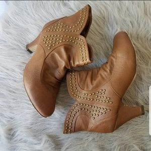 Brown booties size 7.5